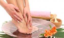 Bật mí bí quyết giảm đau cho người bị suy giãn tĩnh mạch chân