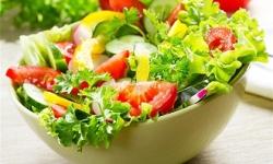 Bị suy giãn tĩnh mạch chân nên và không nên ăn gì ?